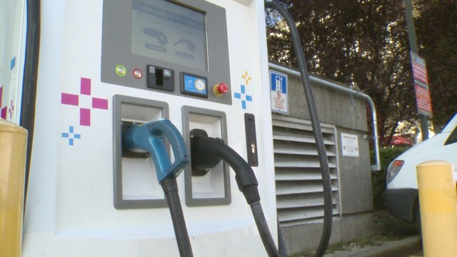 Seattle To Install Hundreds Of Electric Car Charging