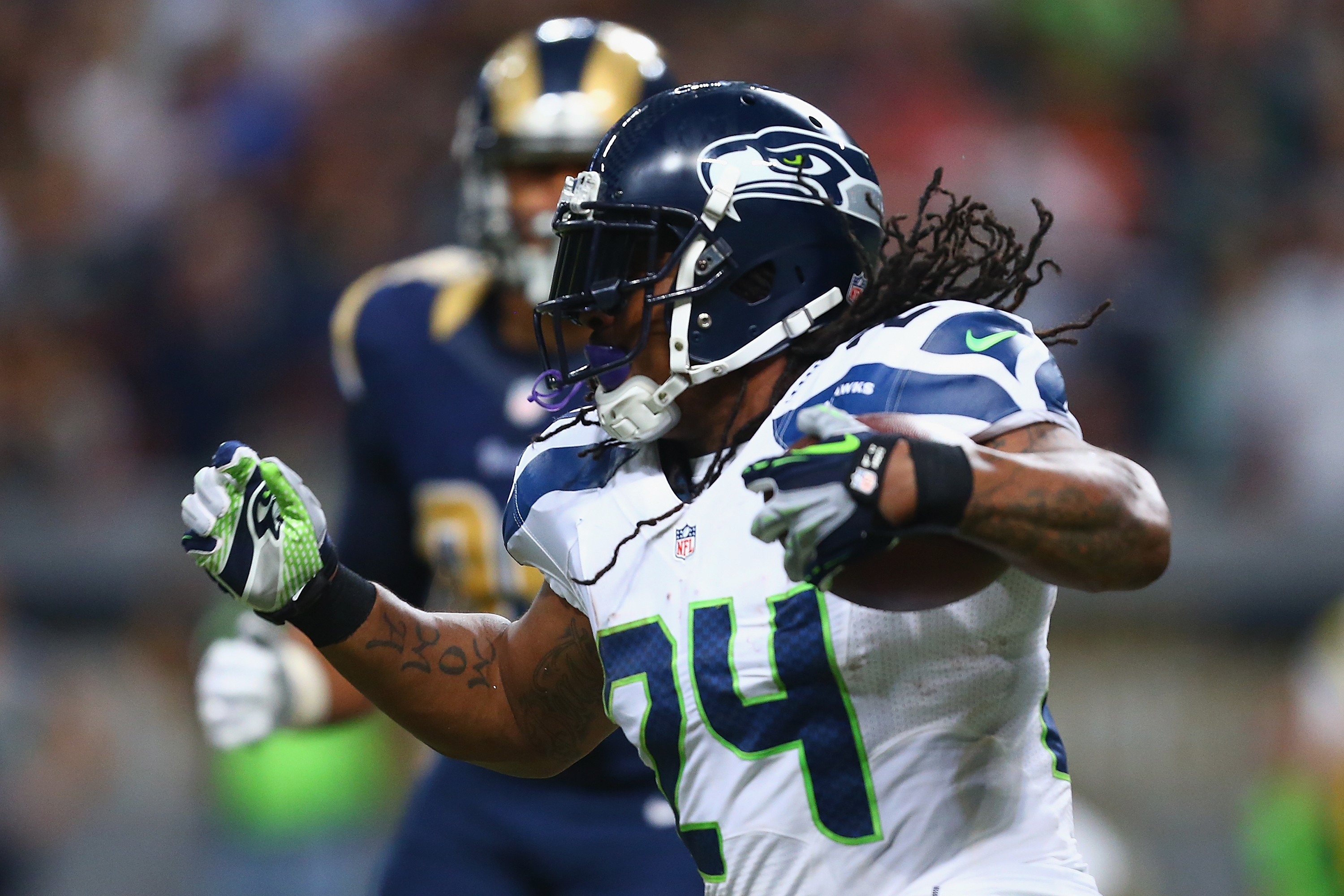 Marshawn Lynch reaches deal with Raiders: Report | KING5.com