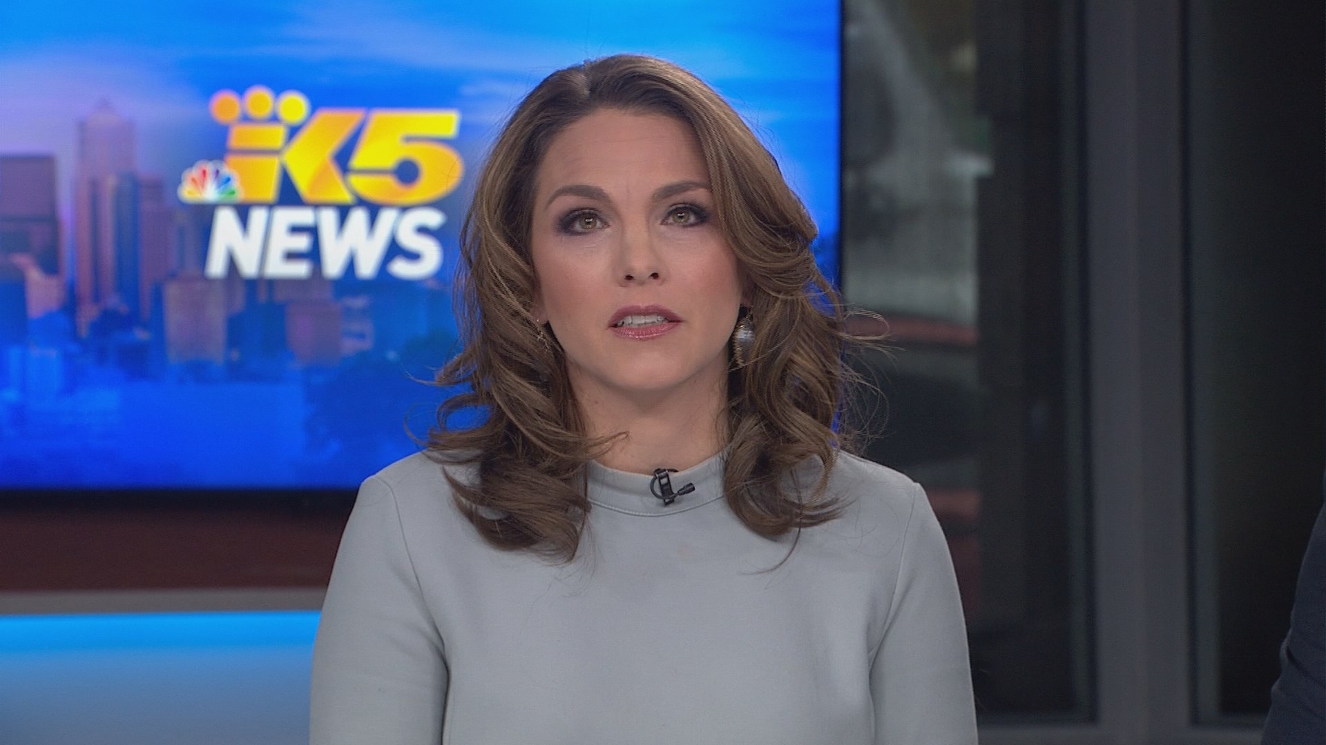 anchor sex personals Former anchor and legal analyst adrienne lawrence filed a sexual harassment and discrimination lawsuit against espn this weekend for incidents dating.